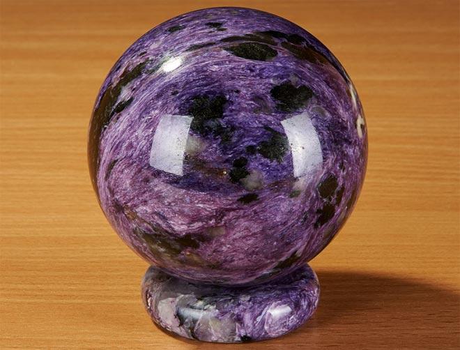 Свойства фиолетового камня