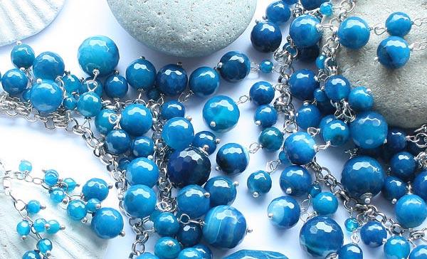 Изделия из голубого минерала