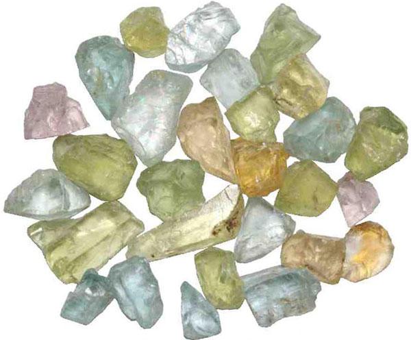 Фото и описание камня баццит